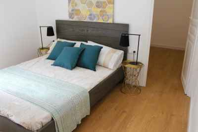 Bright renovated apartment in Sants area